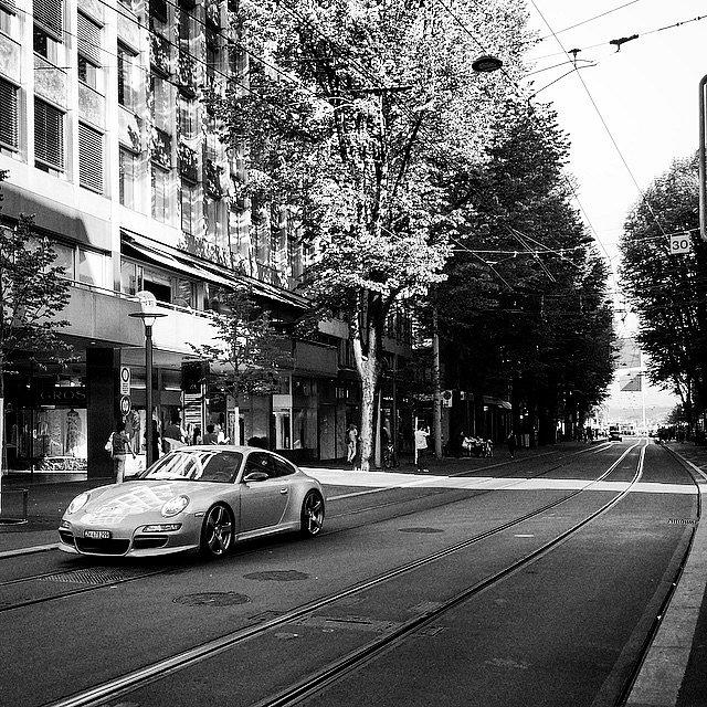 Porsche, the most popular car. #Europe #RoadTrip #Trip #Photographers #Photo #Zürich #Switzerland #Suiza #BH #LU #Porsche #Luxury