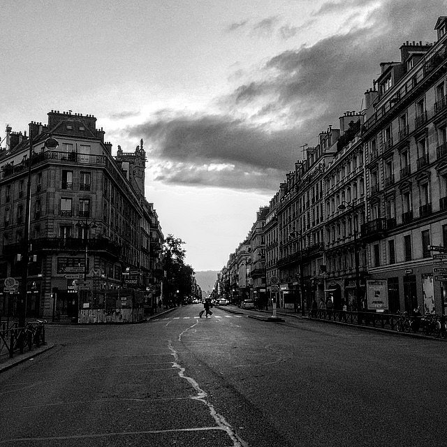 Sunset. #Paris #urban #street #HoneyMoon #L&U